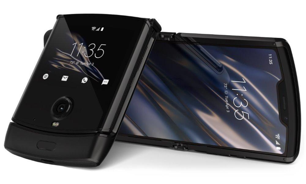 """Motorola Razr - black   6,2"""" P-OLED/ eSIM/ 6GB/ 128GB/ LTE/ Android 10 PAHT0029SK"""